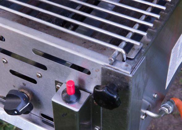 Barbecue bediening huren - Partytentverhuur Roosendaal